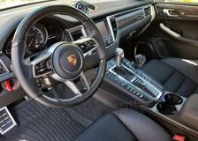 Carbon Lenkrad Porsche 95B Macan Leder Alcantara abgeflacht 12 Uhr Ring