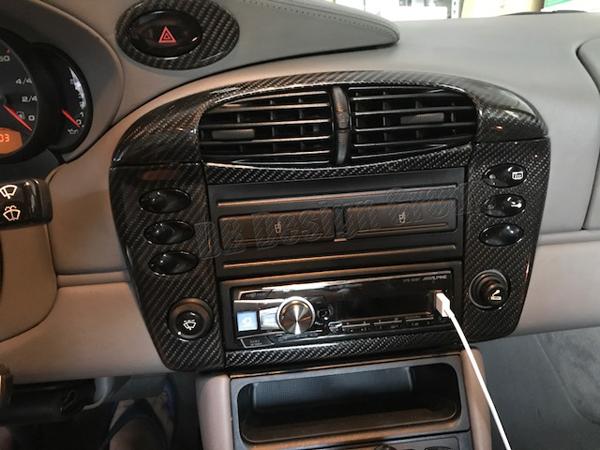 Porsche 996 carbon Mitteldüse Rahmen Verkleidung Lüftung Radio Blende Schalter Abdeckung