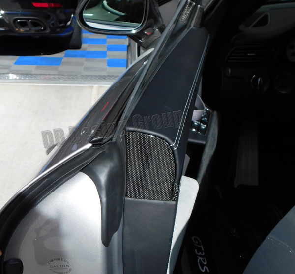 Porsche 991 carbon door panel end caps door airbag trim cover